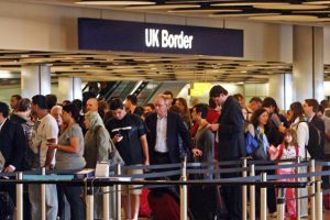 uk-border-queue-heathrow